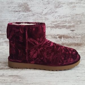 NWOT UGGS - Crushed Velvet Ankle Boots